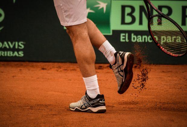 Best Tennis Shoes   2020 Guide & Reviews
