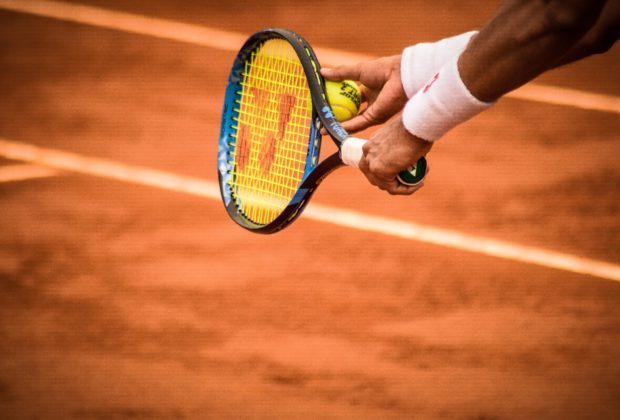 Best Tennis Racket for Beginners | 2020 Guide and Reviews
