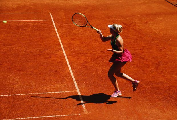 Best Women's Tennis Racket | 2020 Guide and Reviews