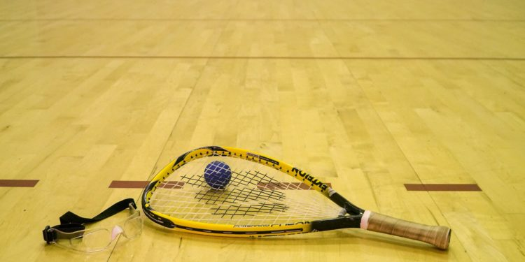 Best Racquetball Racquet | 2020 Guide and Review