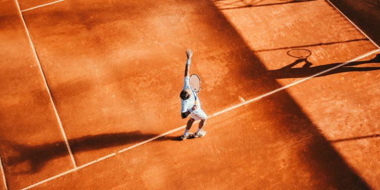 Why Do Tennis Players Grunt?