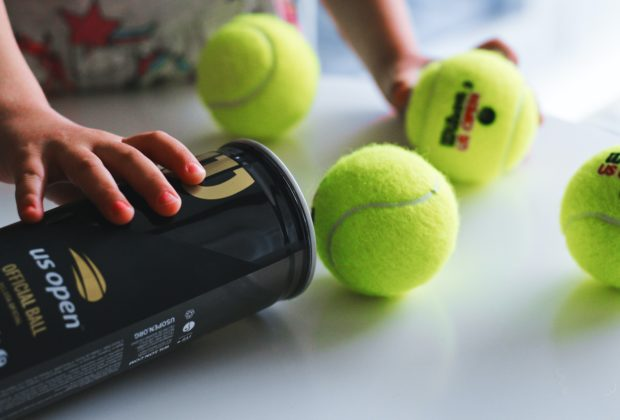 What Are Pressureless Tennis Balls?